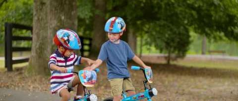 "Dynacraft 12"" Thomas Bike :30 Commercial"